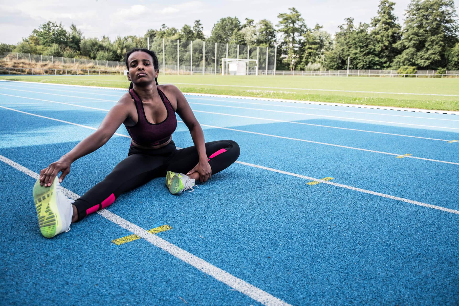 FEFLOGX Sportswear Damen Outfit Motion, Sprint und Lauf Training.