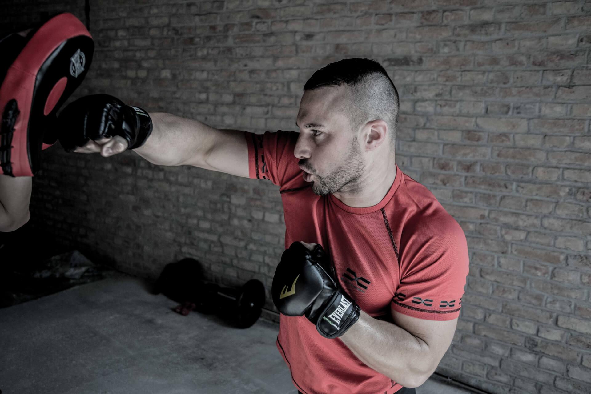 FEFLOGX Sportswear Funktionsshirt Mesh, Boxen, Pratzen Training.
