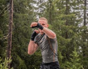 FEFLOGX Sportswear Rashguard Compression, Boxing in the rain, Schweiz.