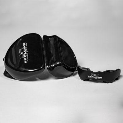 FEFLOGX Sportswear Multi-Mouthguard, Multifunktionaler Mundschutz für alle Kontaktsportarten, vordere Ansicht, mit Aufbewahrungsbox (2).