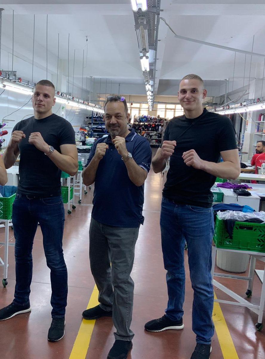 FEFLOGX Sportswear in Instanbul, Türkei in der Produktion.
