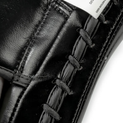 Boxpratzen von FEFLOGX Sportswear, Details der Pratzen für Boxen, MMA, Kampfsport etc., Leder Schlagpolster.